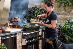 Advantages and Drawbacks of Charcoal and Gas Grills