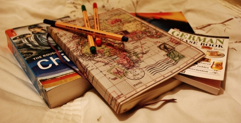 Tips to learn a foreign language faster while studying abroad
