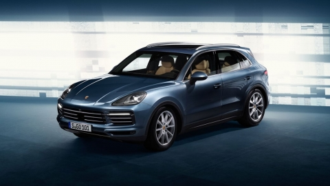 An imposing car for imposing people - Porsche Cayenne