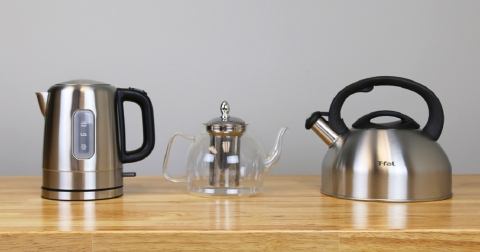 Stove-top-vs-electric-whistling-kettle